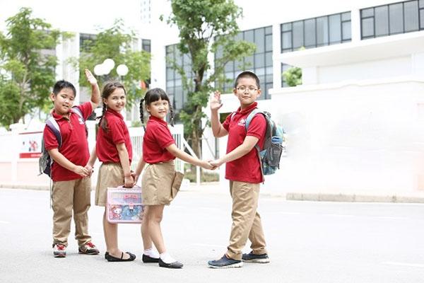 đồng phục trường quốc tế Hà Nội